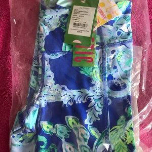 NWT lilly pulitzer UPF 50+weekender cropped